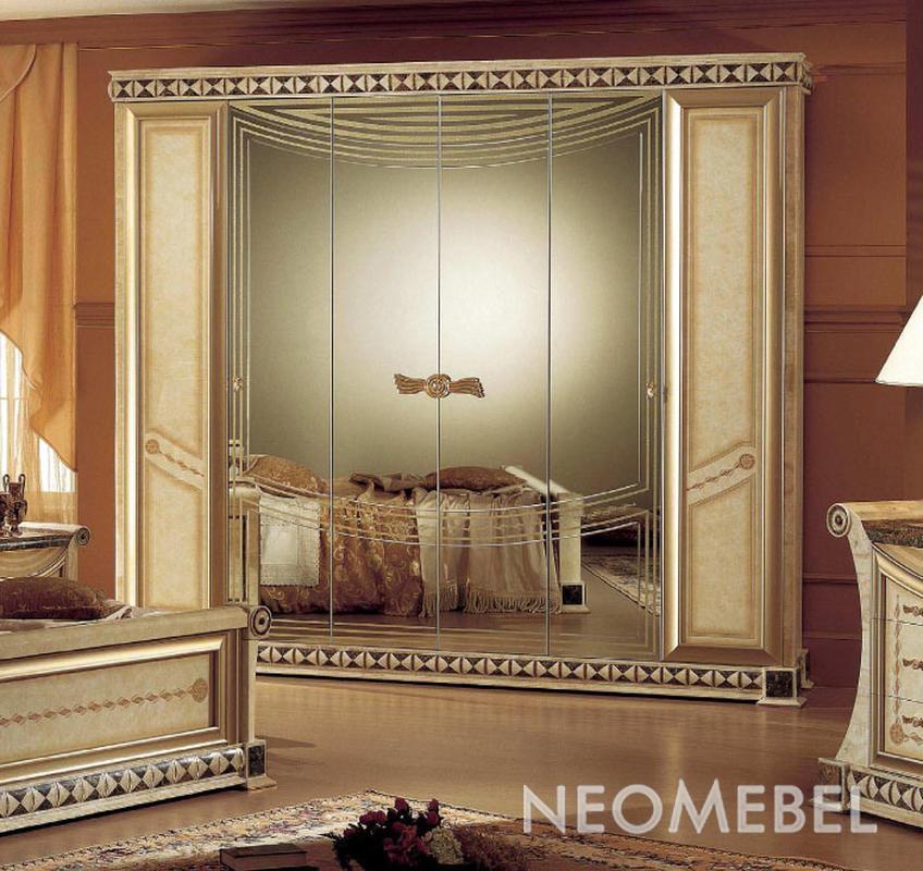 Шкаф шестидверный-4 зеркала.